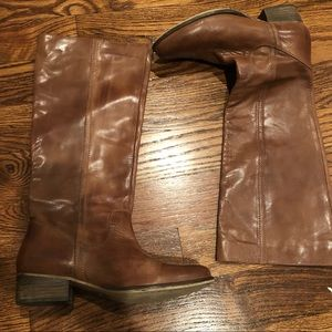 Report Size 9 Heston Pull On Boot- EXCELLENT cond